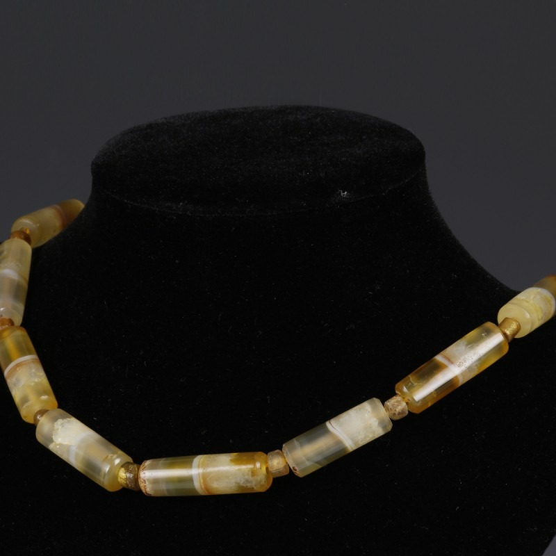 Necklace With Exquisite Quartz And Agate Beads