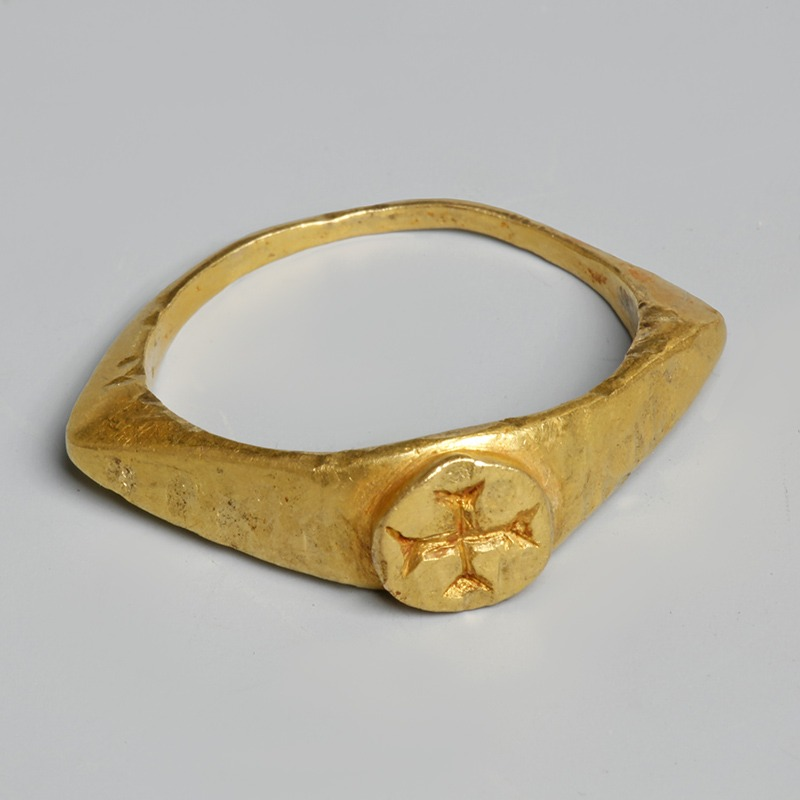Byzantine Solid Gold Ring with Cross